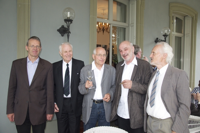 D. Schulthess, D. Føllesdal, E. Marbach, S. Hottinger, W.K. Essler at the cocktail reception
