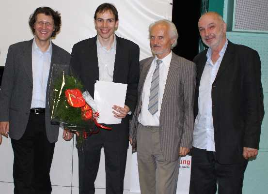 Dr. Michael Frauchiger (Managing member of the foundation council), Dr. Stephan Leuenberger (Prizewinner 2009), Prof. Dr. Wilhelm K. Essler (President), Dr. Stephan Hottinger (Vice-President)