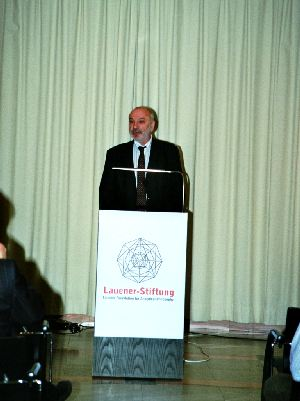 Dr. Stephan Hottinger, Vice-President of the Lauener Foundation