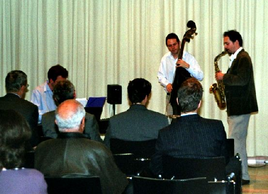 Jazz Trio: Phil Stöckli (Sax); Michael Beck (Piano); Dominique Girod (Bass)