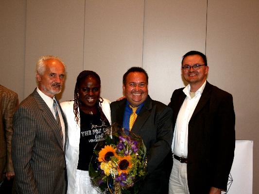 Prof. Dr. Wilhelm K. Essler, Mary Schoch, Dr. Daniel Schoch, and Prof. Dr. Ulrich Nortmann