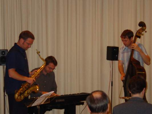 Jazz trio: Klaus Widmer(Tenor Saxophone); Michael Beck(Piano); Dominique Girod(Bass)