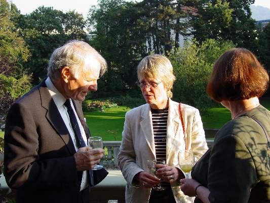 Prof. Dr. Dagfinn F�llesdal and  Prof. Dr. Nancy Cartwright at the cocktail